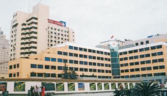 春熙路原址上的医院外景
