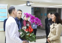 市衛健委黃友靜副主任到成都市中西醫結合醫院開展春節前慰問
