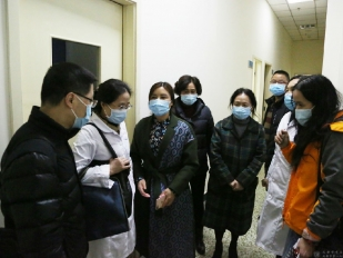 十大正规网赌网址赴邛崃市医疗中心医院对接考察