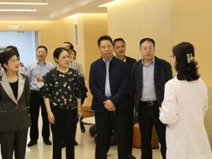 工作动态 | 成都市第五人民医院到成都市中西医结合医院考察交流