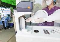 脱掉闷热防护服!四川公立医院首个方舱核酸采集工作站在市一医院投用